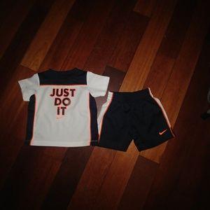 Nike JUST DO IT 18 m short set NWOT